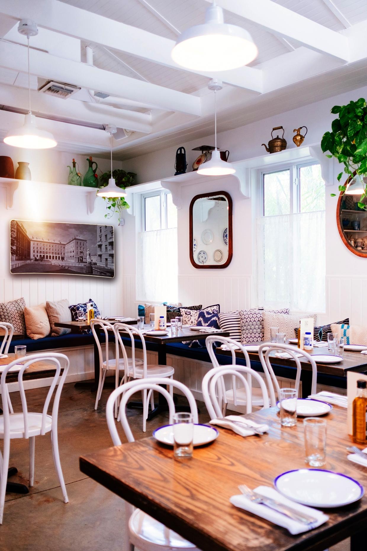 Infra fali fűtő panel kávézóba